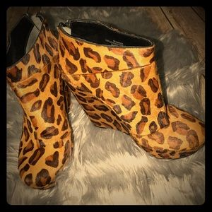 Rachel Roy - Calf Hair Leopard Wedges